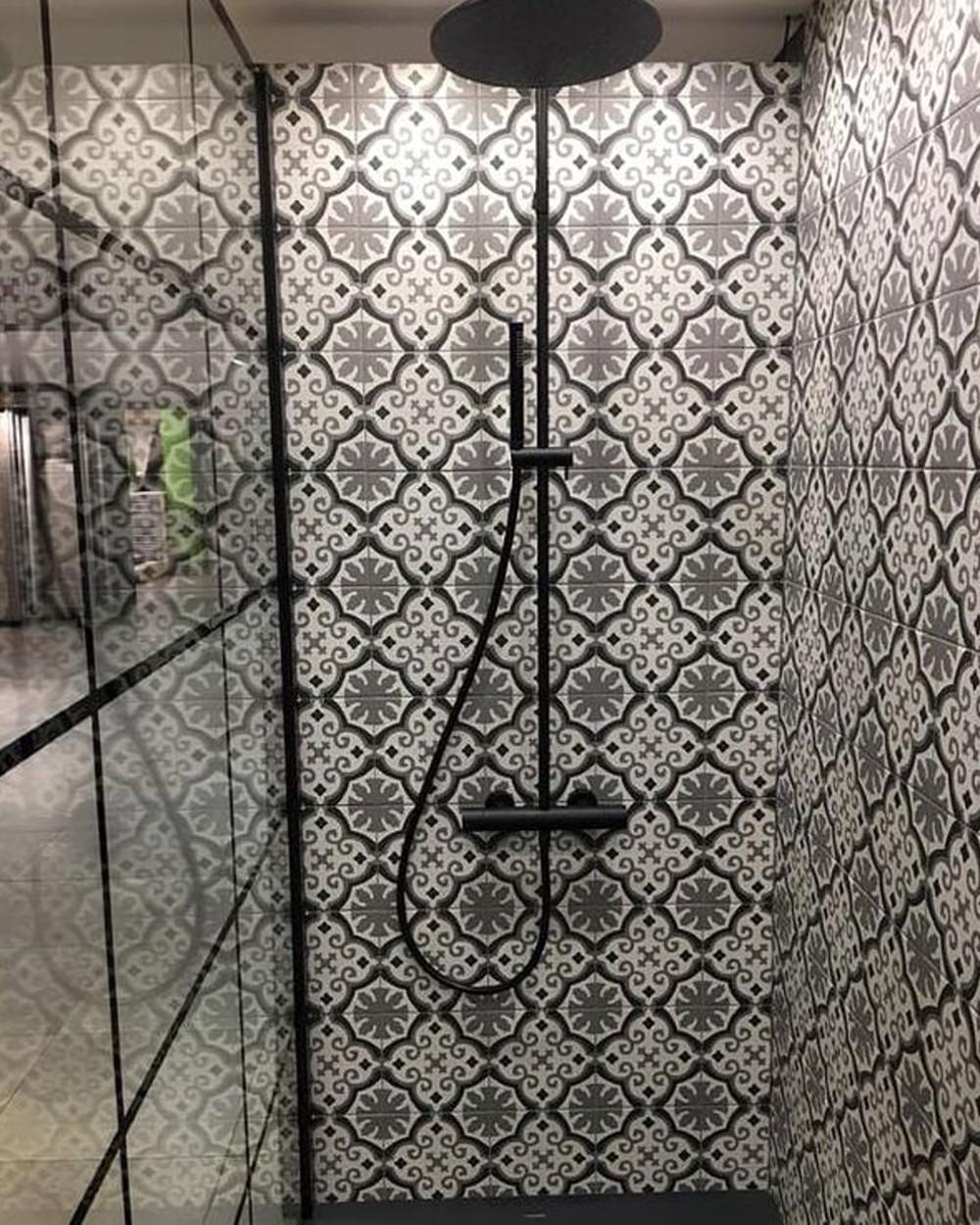 La Villete Otto Noir 20x20 Cm Floor