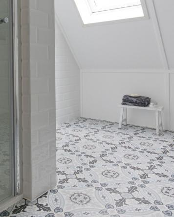 Flora cement tile look|blue